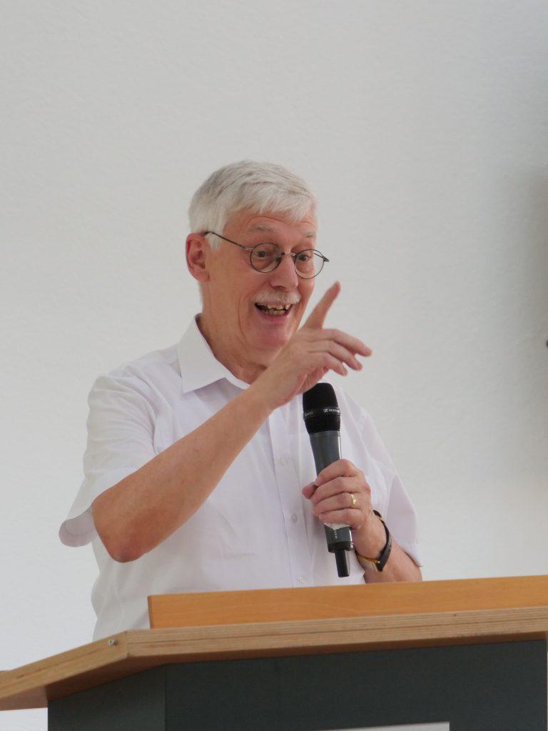 Rudi Antoni, 2. Vorsitzender, führte durch die Jubiläumsfeier.